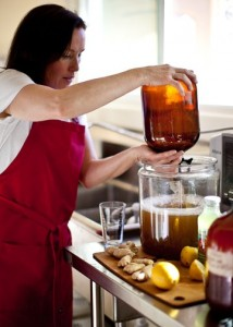 Healthy Drinking tips from Anne's Kombucha